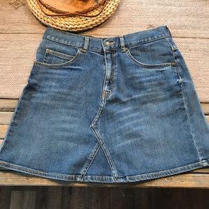 Zara woman denim Jean skirt size large